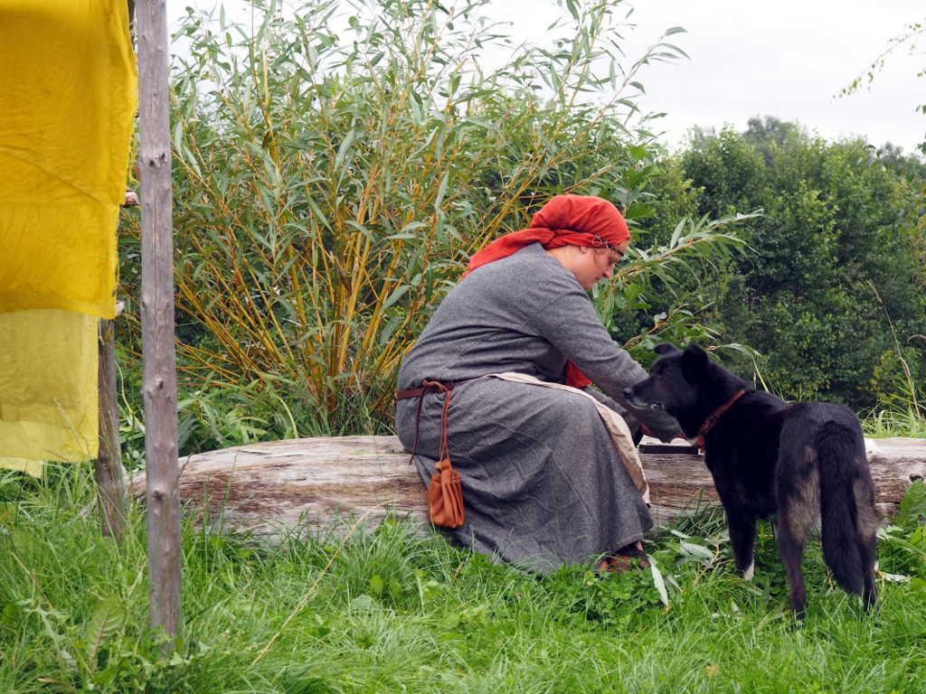 Färberin mit Hund